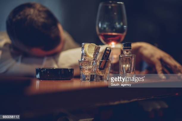he is drunk of alcohol - siesta key stock pictures, royalty-free photos & images