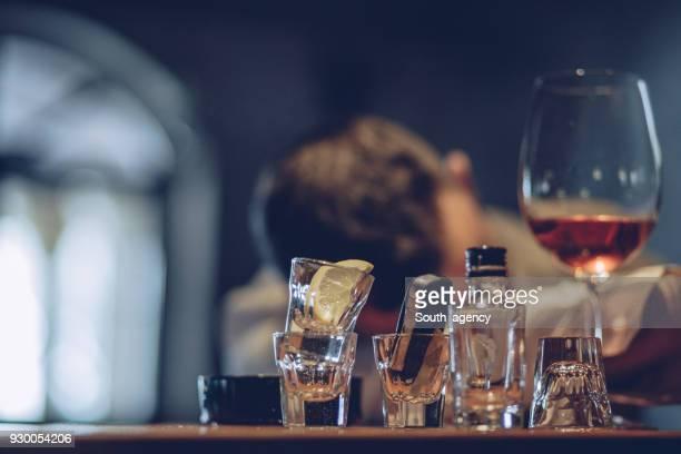 está borracho - siesta key fotografías e imágenes de stock
