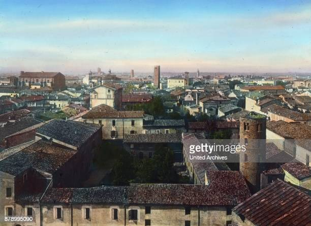 He took up his residence in the secluded, almost gloomy city of Ravenna, where the great Theodoric Ostgotenkaiser rests in a huge stone tomb. In this...