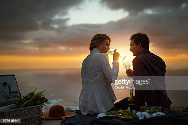 He won her heart with a romantic picnic