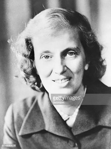 Head and shoulders portrait of Dorothy Crowfoot Hodgkin, British scientist who received the 1964 Nobel Prize for chemistry.