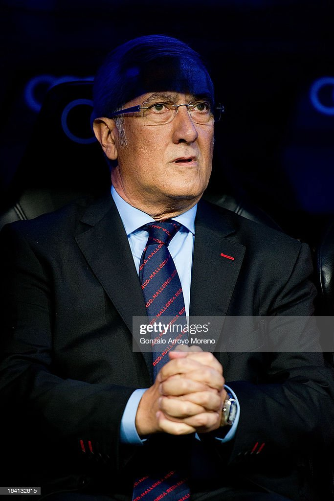 Head caoch Gregorio Manzano of RCD Mallorca sits on the bench prior to start the La Liga match between Real Madrid CF and RCD Mallorca at Santiago Bernabeu Stadium on March 16, 2013 in Madrid, Spain.