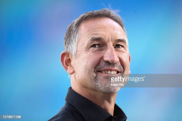 Head coach Achim Beierlorzer of Mainz looks on prior to the Bundesliga match between RB Leipzig and 1. FSV Mainz 05 at Red Bull Arena on September...