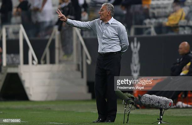 Head coach Adenor Leonardo Bachi of Corinthians gives advice during the match between Corinthians and Sport Recife for the Brazilian Series A 2015 at...