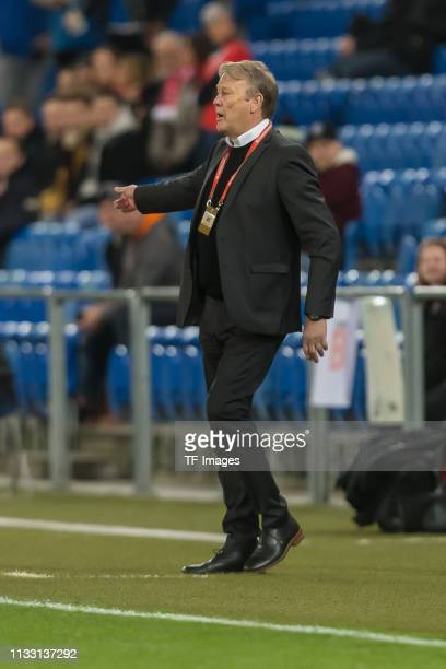 head coach Age Hareide of Denmark gestures during the 2020 UEFA European Championships group D qualifying match between Switzerland and Denmark at St...
