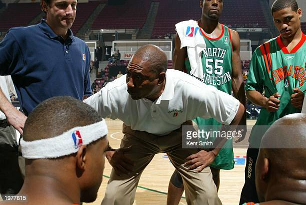 Head coach Alex English of the North Charleston Lowgators talks to his team during the NBDL finals game against the Greenville Groove at the North...