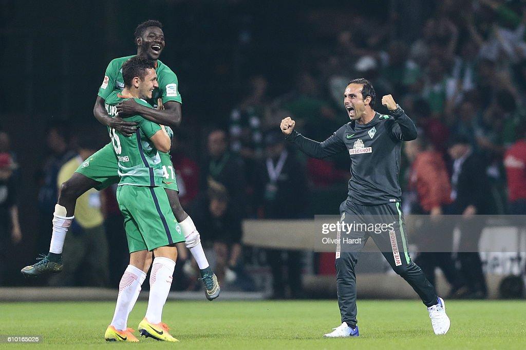 Werder Bremen v VfL Wolfsburg - Bundesliga