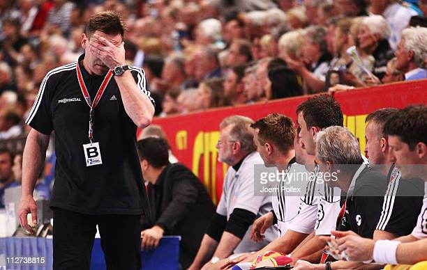 Head coach Alfred Gislason of Kiel gestures during the Toyota Handball Bundesliga match between THW Kiel and HSV Hamburg at the Sparkassen Arena on...