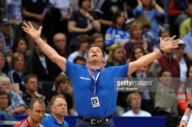 Head coach Alfred Gislason of Kiel reacts during the Bundesliga match between HSV Hamburg and THW Kiel at the Color Line Arena on May 22 2010 in...
