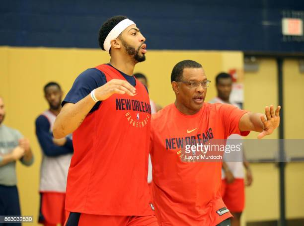 Head Coach Alvin Gentry and Anthony Davis of the New Orleans Pelicans participate in a practice on October 10 2017 at the the Ochsner Sports...
