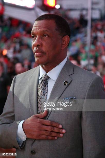 Head Coach Alvin Gentry of the New Orleans Pelicans looks on during a moment of silence horning Tom Benson prior to the game against the Houston...