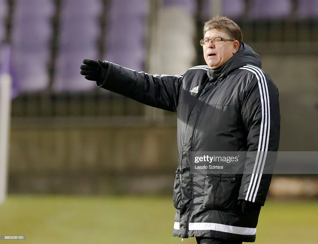 Head coach Andras Herczeg of DVSC reacts during the Hungarian OTP Bank Liga match between Vasas FC and DVSC at Ferenc Szusza Stadium on November 25, 2017 in Budapest, Hungary.