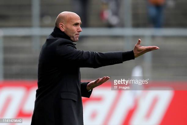 Head coach Andre Schubert of Eintracht Braunschweig gestures during the 3. Liga match between VfR Aalen and Eintracht Braunschweig at Ostalb-Arena on...