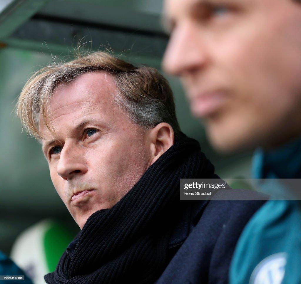 Head coach Andries Jonker of VfL Wolfsburg looks on prior to the Bundesliga match between VfL Wolfsburg and SV Darmstadt 98 at Volkswagen Arena on March 18, 2017 in Wolfsburg, Germany.