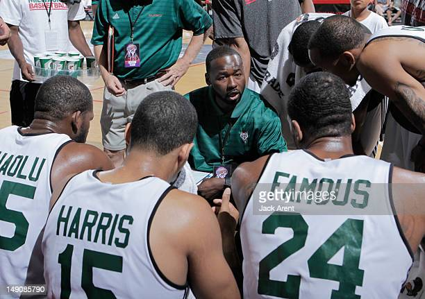 Head Coach Anthony Goldwire of the Milwaukee Bucks talks in the huddle against the Chicago Bulls during NBA Summer League on July 22, 2012 at Cox...
