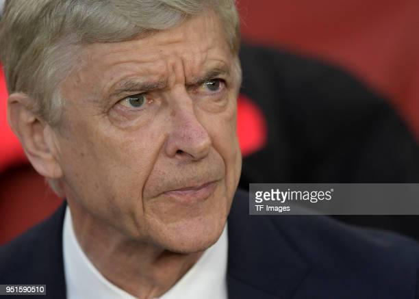 Head coach Arsene Wenger of Arsenal looks on prior to the UEFA Europa League Semi Final leg one match between Arsenal FC and Atletico Madrid at...