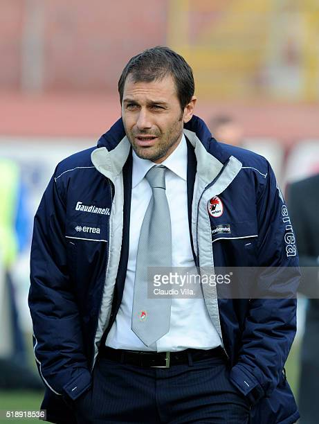 Head Coach AS Bari Antonio Conte looks on during the 'Serie B' 2007/2008 match played between Mantova and Bari at 'Danilo Martelli' stadium in Mantova