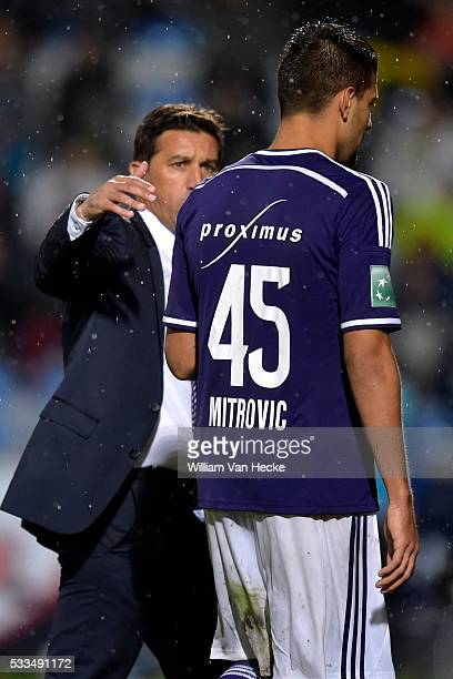 Head coach Besnik Hasi of RSC Anderlecht talks to Alexandar Mitrovic of RSC Anderlecht after he is being substituted during the Jupiler Pro League...