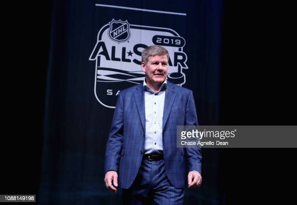 Head coach Bill Peters of the Calgary Flames arrives at the 2019 NHL AllStar Media Day at City National Civic Auditorium on January 24 2019 in San...