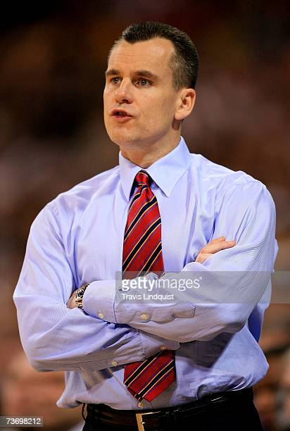 Head coach Billy Donovan of the Florida Gators shouts instructions during their game against the Oregon Ducks during the midwest regionals of the...