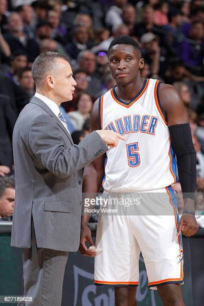 Head Coach Billy Donovan of the Oklahoma City Thunder coaches Victor Oladipo against the Sacramento Kings on November 23 2016 at Golden 1 Center in...