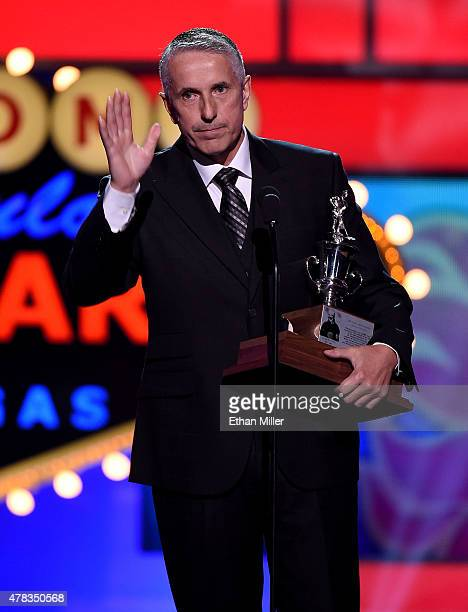 Head coach Bob Hartley of the Calgary Flames speaks after winning the Jacks Adams Award during the 2015 NHL Awards at MGM Grand Garden Arena on June...