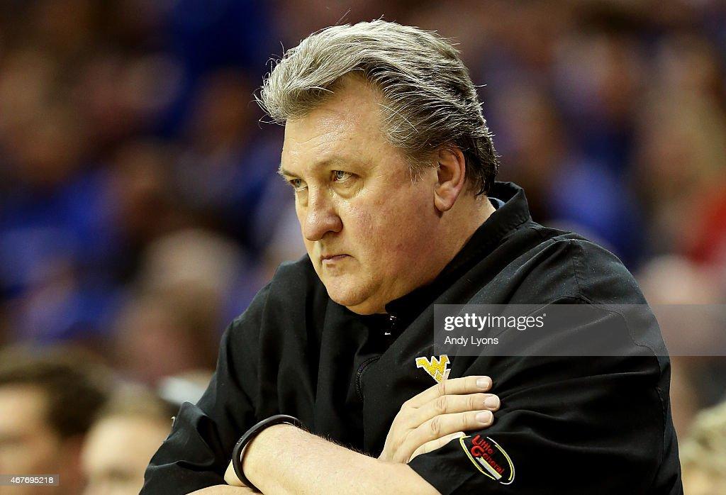 Head coach Bob Huggins of the West Virginia Mountaineers ...