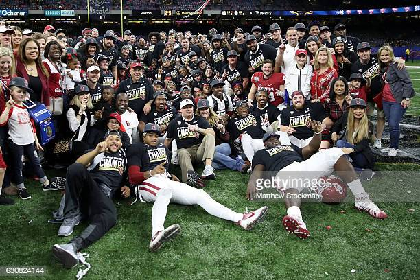 Head coach Bob Stoops of the Oklahoma Sooners celebrates after defeating the Auburn Tigers 3510 during the Allstate Sugar Bowl at the MercedesBenz...