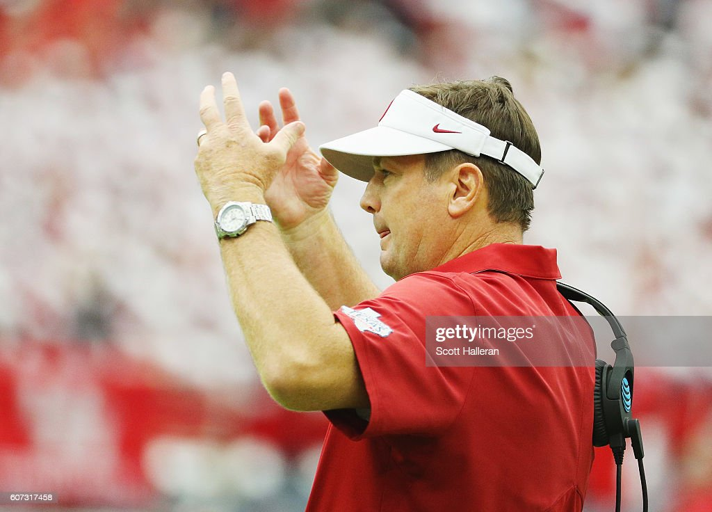Head coach Bob Stoops of the Oklahoma Sooners waits near the sideline during the first half of their game against the Houston Cougars at NRG Stadium during the Advocare Texas Kickoff on September 3, 2016 in Houston, Texas.