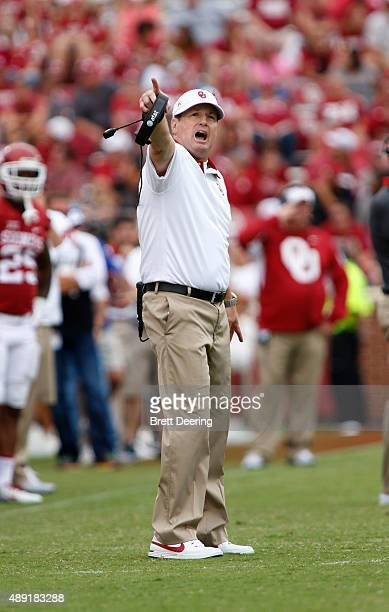 Head Coach Bob Stoops of the Oklahoma Sooners yells about time on the clock during the game against the Tulsa Golden Hurricane September 19 2015 at...