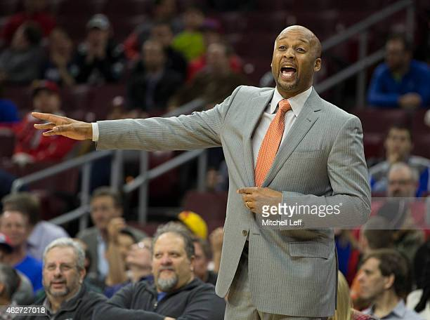 Head coach Brian Shaw of the Denver Nuggets calls out a play during the game against the Philadelphia 76ers on February 3 2015 at the Wells Fargo...