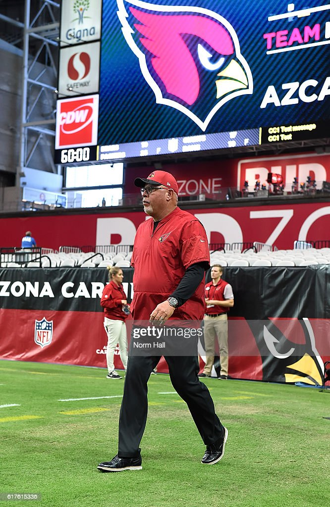 Head coach Bruce Arians of the Arizona Cardinals walks onto the field prior to a game against the Seattle Seahawks at University of Phoenix Stadium on October 23, 2016 in Glendale, Arizona.