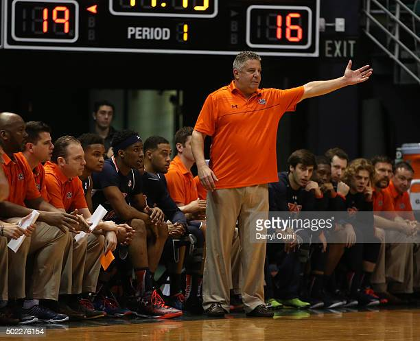 Head coach Bruce Pearl of the Auburn Tigers shouts out instructions during the game against the Auburn Tigers at the Stan Sheriff Center during the...