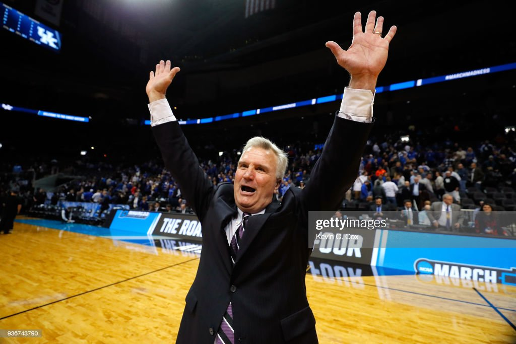 Head coach Bruce Weber of the Kansas State Wildcats celebrates after defeating the Kentucky Wildcats during the 2018 NCAA Men's Basketball Tournament South Regional at Philips Arena on March 22, 2018 in Atlanta, Georgia. Kansas State defeated Kentucky 61-58.