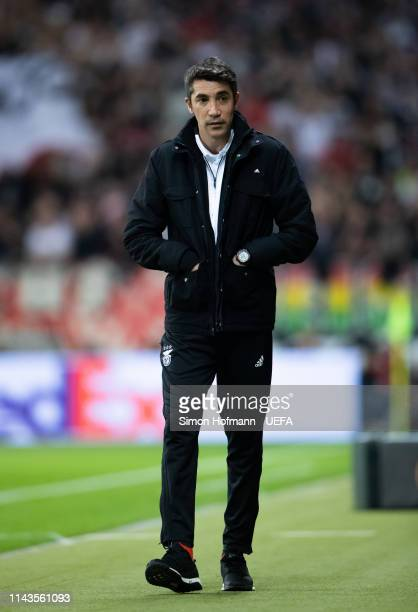 Head coach Bruno Lage of Lissabon looks on during the UEFA Europa League Quarter Final Second Leg match between Eintracht Frankfurt and Benfica at...