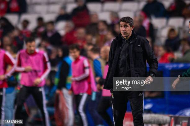 Head Coach Bruno Lage of SL Benfica looks on during the UEFA Champions League group G match between SL Benfica and Zenit St Petersburg at Estadio da...