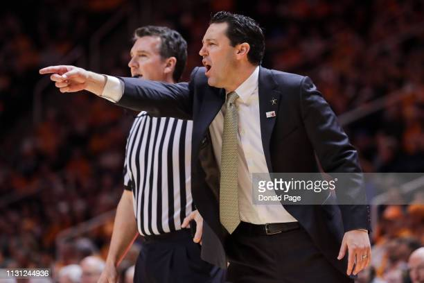 Head coach Bryce Drew of the Vanderbilt Commodores directs his team during the game against the Vanderbilt Commodores at ThompsonBoling Arena on...