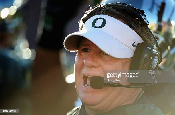 Head coach Chip Kelly of the Oregon Ducks calls out in the second quarter while taking on the Wisconsin Badgers at the 98th Rose Bowl Game on January...