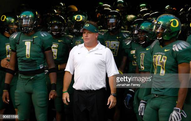 Head Coach Chip Kelly of the Oregon Ducks waits to enter the field before the game against the Purdue Boilermakers at Autzen Stadium on September 12...