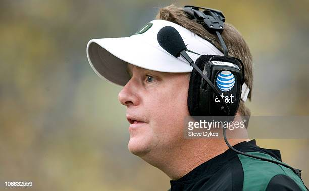 Head coach Chip Kelly of the Oregon Ducks yells at the officials in the third quarter of the game against the Washington Huskies at Autzen Stadium on...