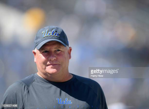 Head coach Chip Kelly of the UCLA Bruins during warm up before the home opening game against the Cincinnati Bearcats at Rose Bowl on September 1 2018...