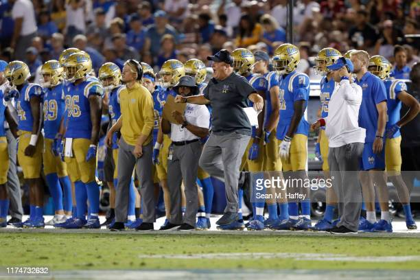 Head coach Chip Kelly of the UCLA Bruins reacts to a play during the second half of a game against the Oklahoma Sooners at the Rose Bowl on September...