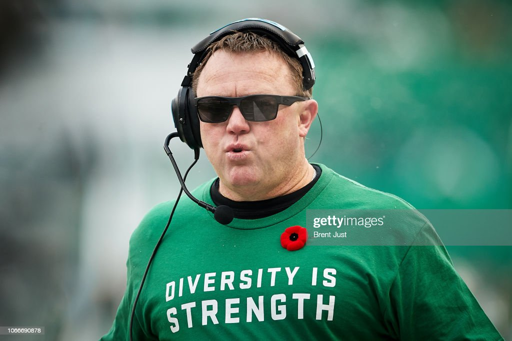 Western Semi-Final - Winnipeg Blue Bombers v Saskatchewan Roughriders : Nyhetsfoto