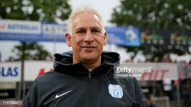 Head coach Christian Neidhardt of Meppen looks on during the 3. Liga match between SC Fortuna Koeln and SV Meppen at Suedstadion on May 06, 2019 in...