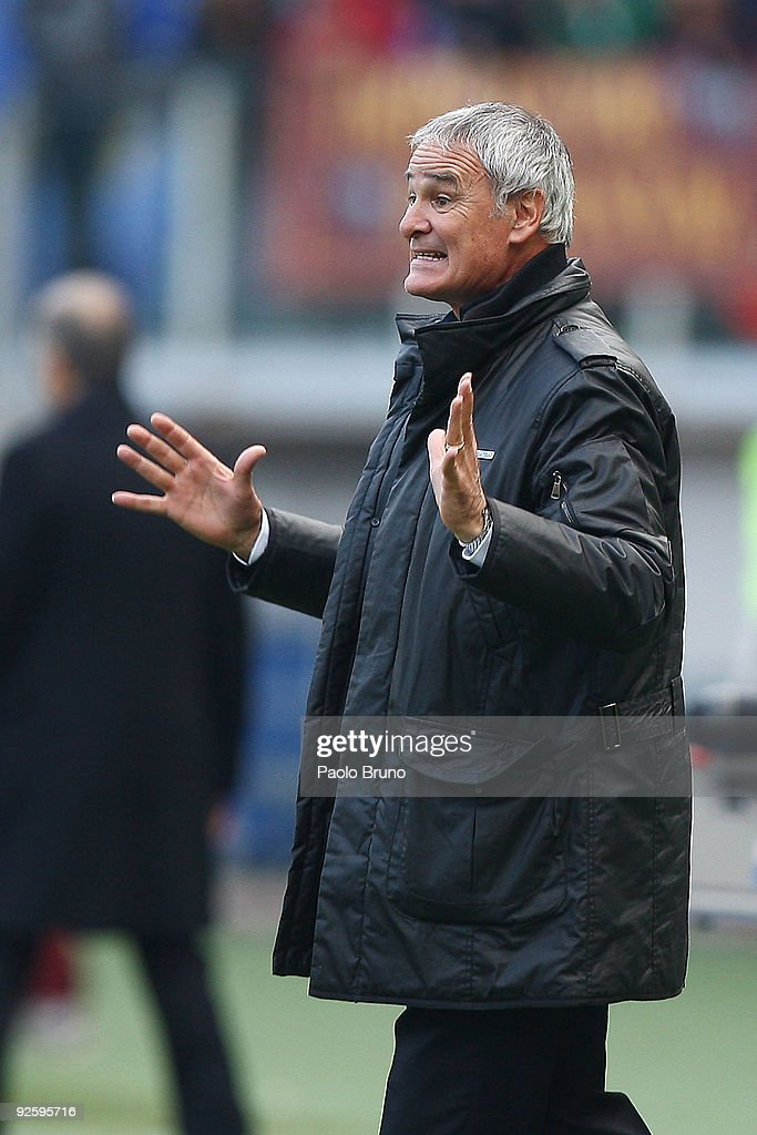 Head coach Claudio Ranieri of AS Roma directs his team during the Serie A match between AS Roma and Bologna FC at Stadio Olimpico on November 1, 2009 in Rome, Italy.