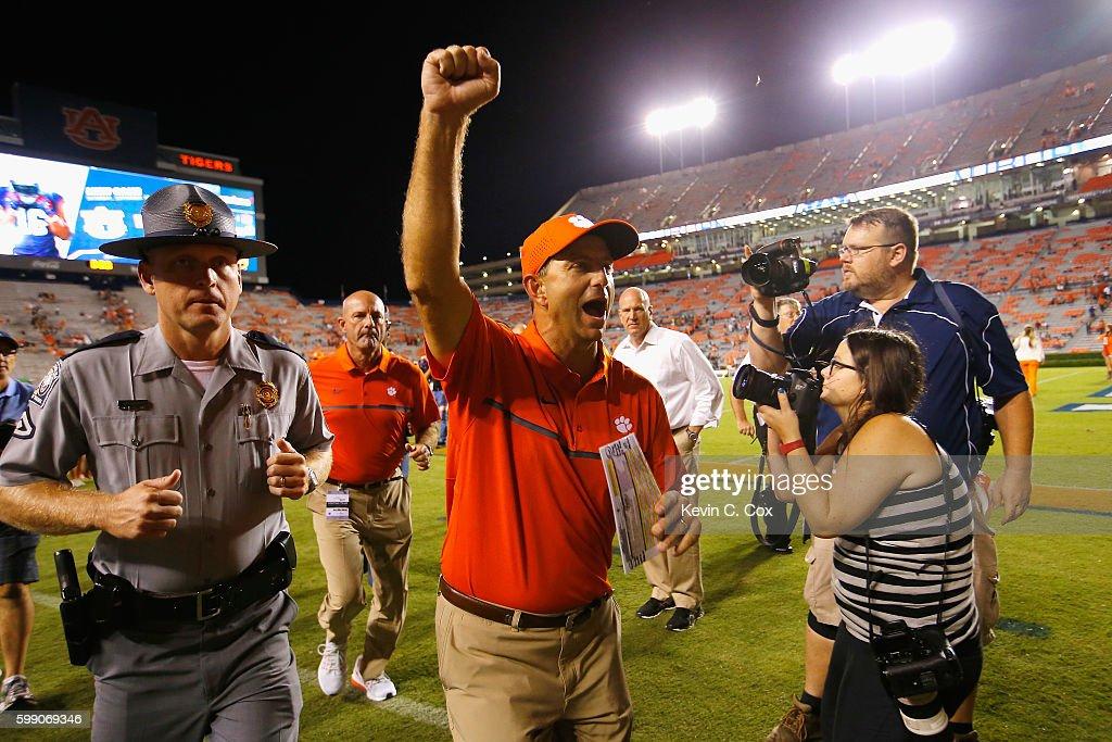 Head coach Dabo Swinney of the Clemson Tigers celebrates after defeating the Auburn Tigers 19-13 at Jordan Hare Stadium on September 3, 2016 in Auburn, Alabama.