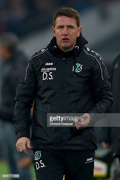 Head coach Daniel Stendel of Hannover looks thoughtful during the Second Bundesliga match between Fortuna Duesseldorf and Hannover 96 at EspritArena...