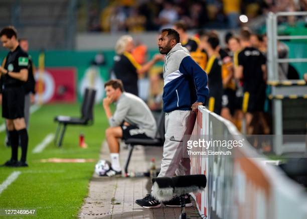 Head coach Daniel Thioune of Hamburger SV reacts during the DFB Cup first round match between Dynamo Dresden and Hamburger SV at...