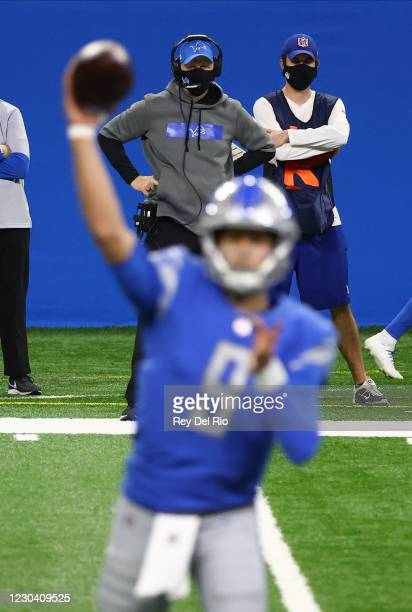 Head coach Darrell Bevell of the Detroit Lions looks on from the sidelines in the first quarter against the Minnesota Vikings at Ford Field on...