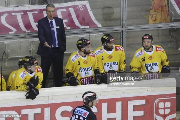 Head Coach Dave Cameron of Vienna during the Vienna Capitals v EC VSV Erste Bank Eishockey Liga at Erste Bank Arena on January 18 2019 in Vienna...